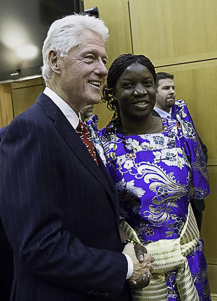 Angela Clinton